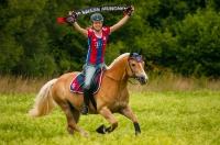 Der FCB zu Pferd